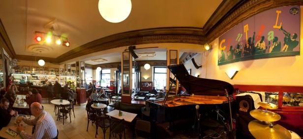 lieux à visiter à Madrid: le café central